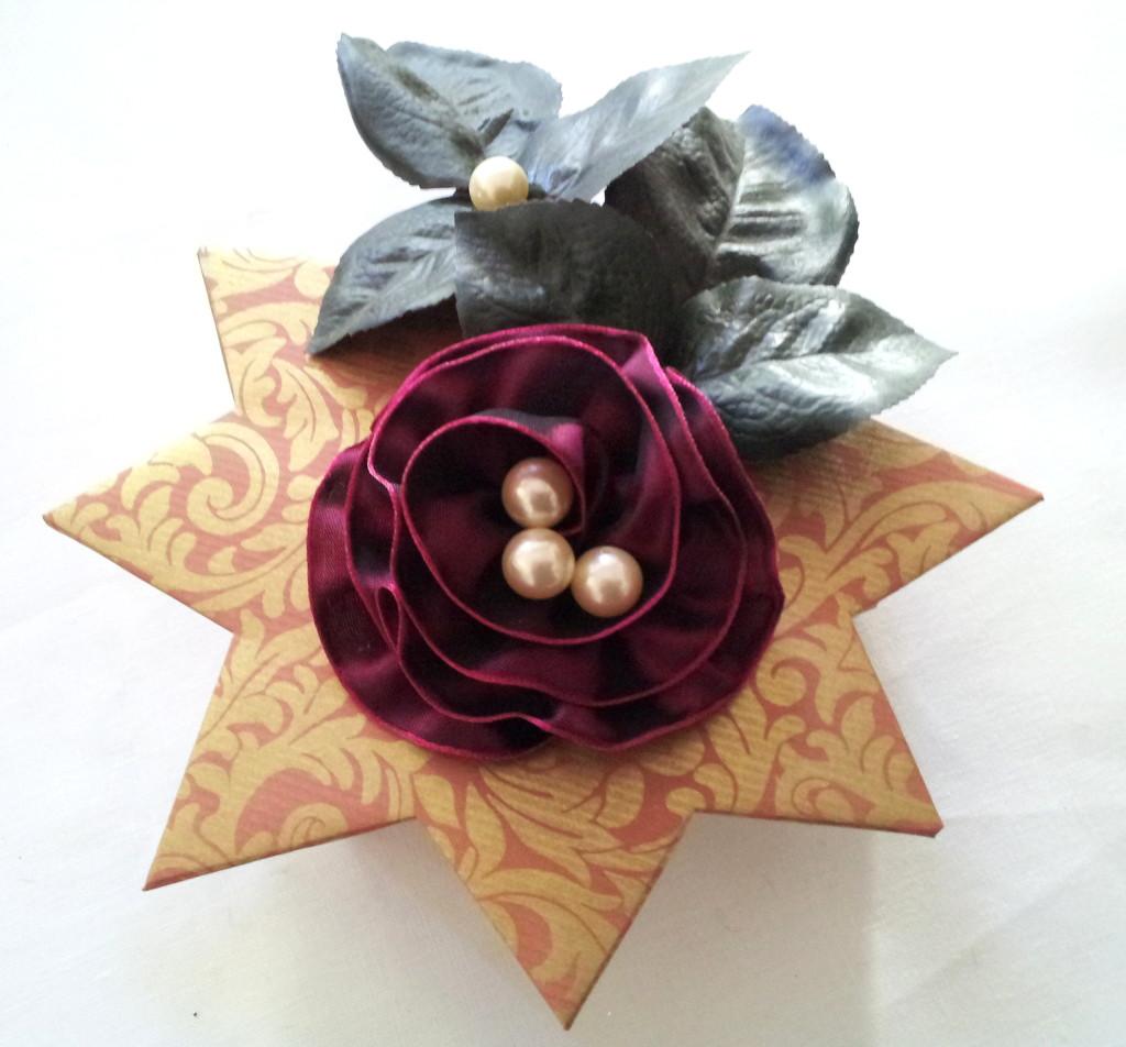54  Päck.3 unter Stern,Rose,Perlen,Blätter