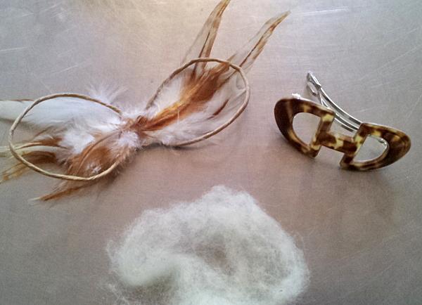 Papierschleife mit Wolle & Haarspange / paper boe with wool & hair slide