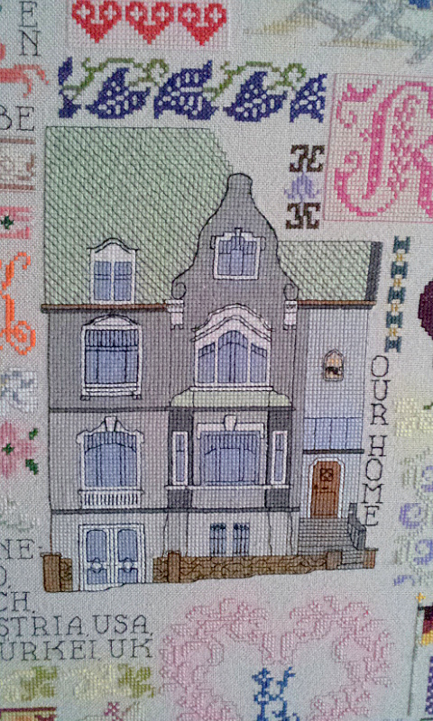 unser Haus als Cross Stitch Motiv / our house as cross stitch motif