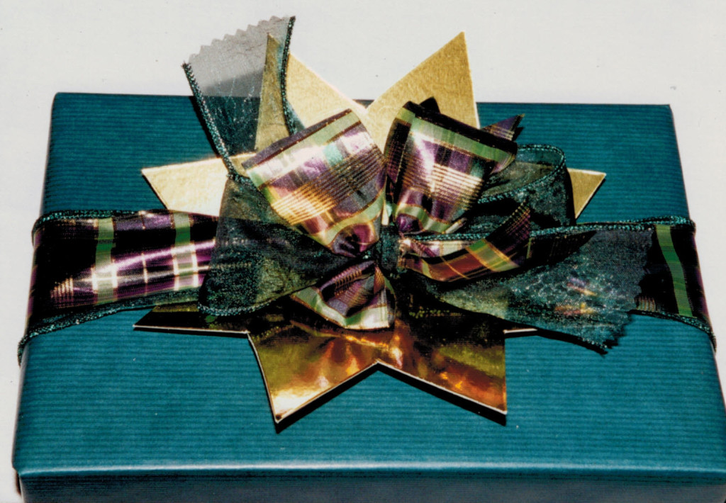gift wrap - later star can be used for other decoration2
