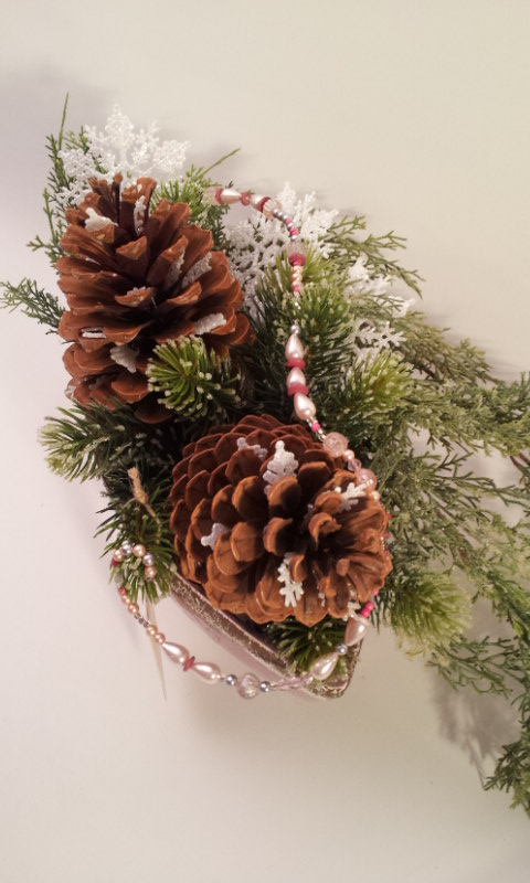 pinecone arrangement 2
