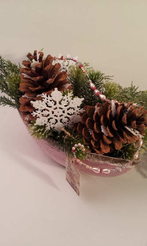 pinecone arrangement 1