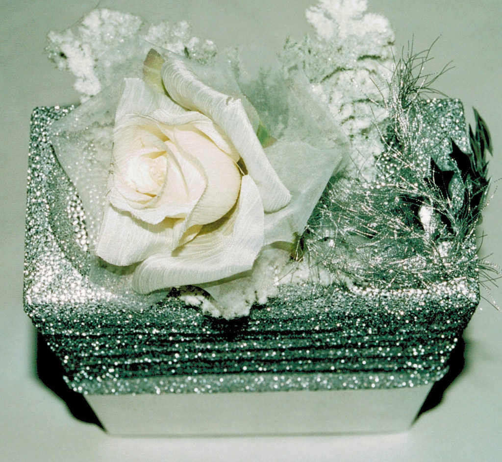 silver lurex ribbon, silk rose & diff.frosted leaves 2