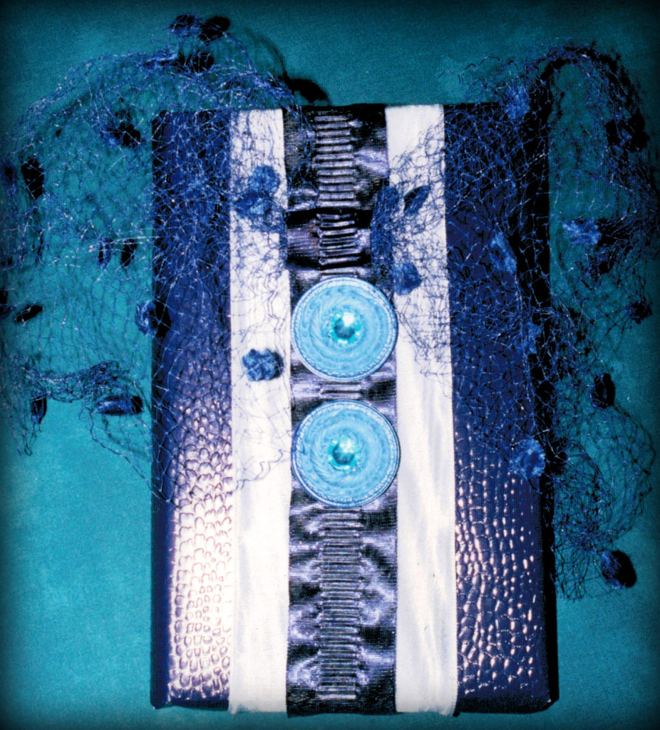 version 1 - shades of blue, diff.ribbons, vintage tulle & buttons