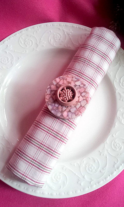 napkin decor buttons