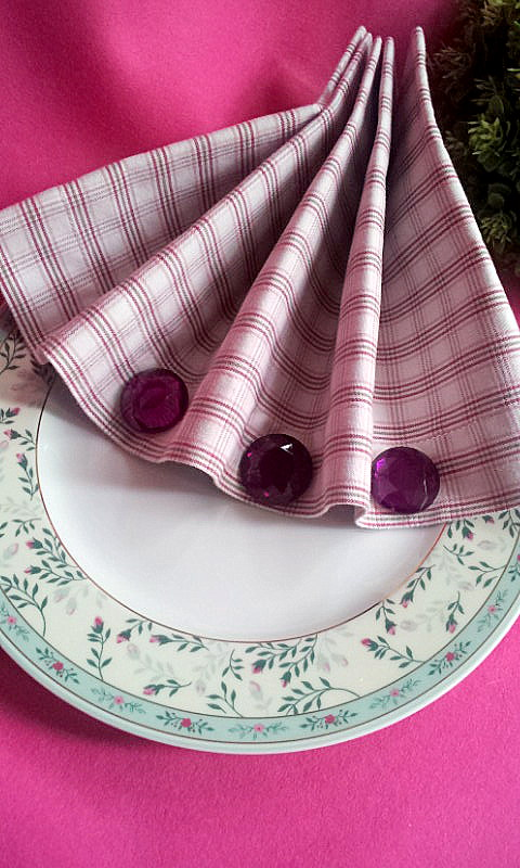 napkin decorpurple rhinestones