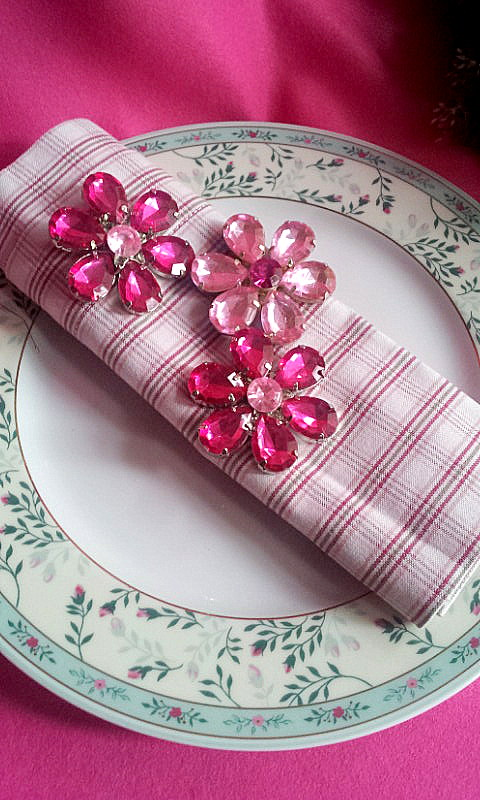 napkin decor rhinestone flowers 1