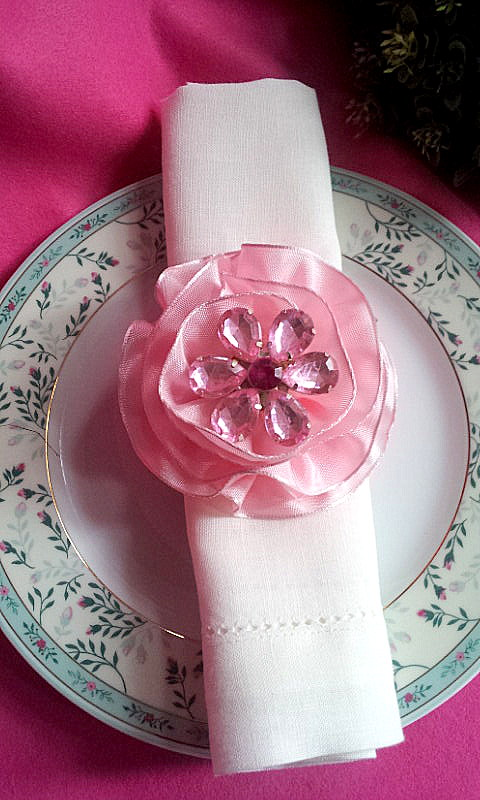 napkin decor rhinestone flowers 2