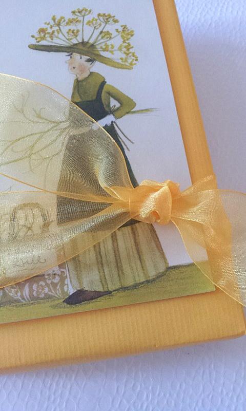 18  19.03.14 flache Geschenkverp gelb BLOG
