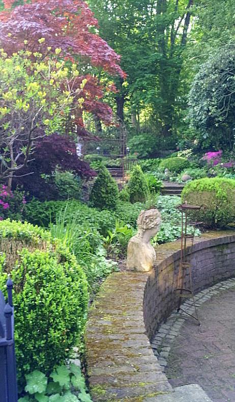 26.04.14 garden wpt 12