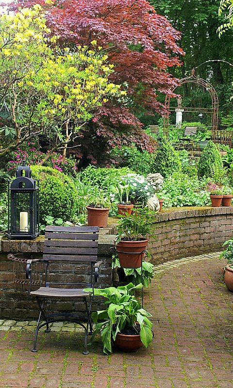 26.04.14 garden wpt 25