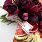 01.10.17 Tisch Rot m.Monogr 9 BLOG