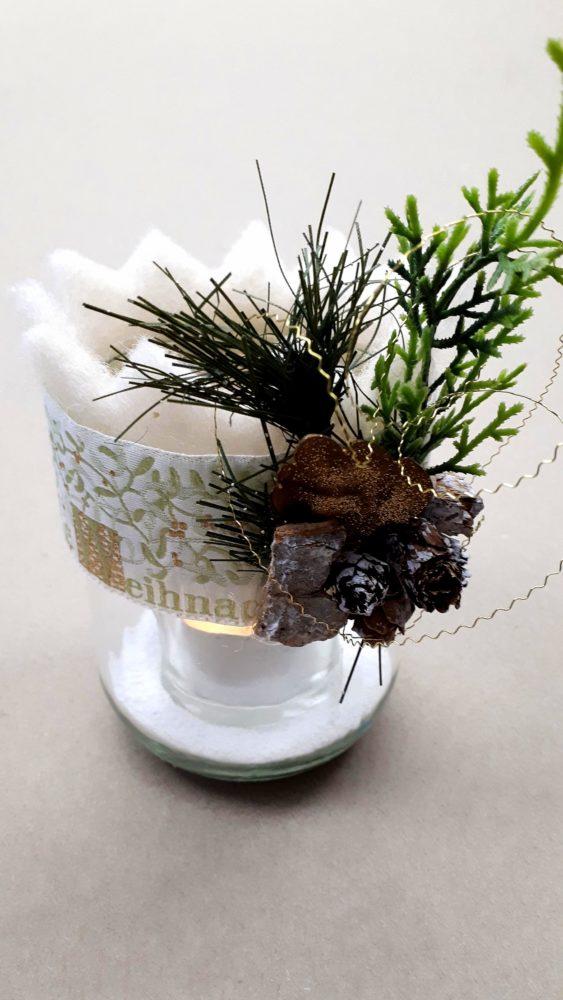 24.11.18 Kerzengläser weiß-grün 12 BLOG